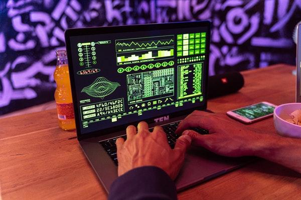 Güçlü Şifre Oluşturma Teknikleri