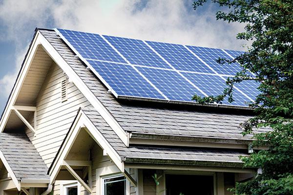 Fotovoltaik sistemler temel bilimsel özellikleri ile güneş ışığını toplayarak enerjiye dönüştürerek insan kullanımına sunabilmektedir.